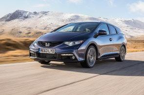 Nový kombík Honda Civic Tourer ospravedlňuje vyšší cenu obřím kufrem a výbornými motory