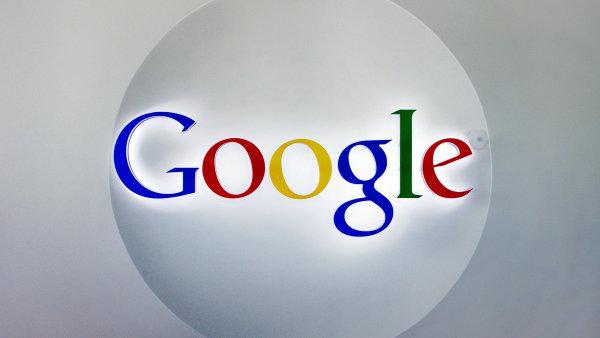 Google sleduje, jak hledají lidé po celém světě