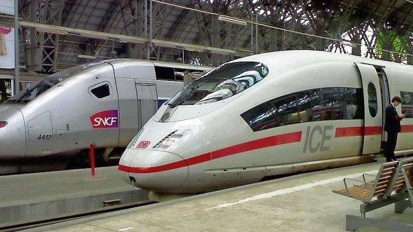 Francouzsk� rychlovlaky TGV. Na podobn� komfort si v �esku budeme muset je�t� dlouho po�kat.