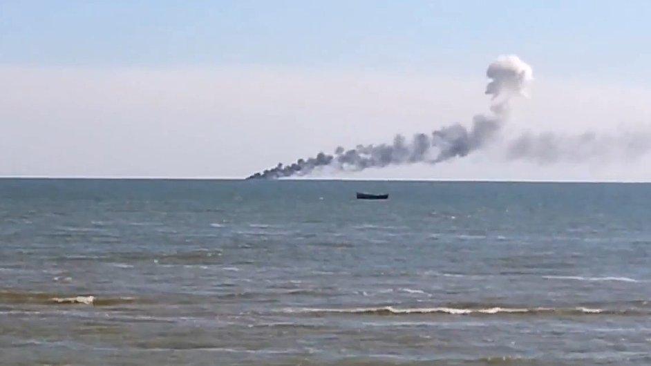 Proruští povstalci zaútočili na ukrajinskou loď.