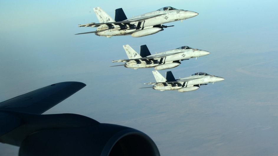 Koaliční letouny v pátek zaútočily na vedení Islámského státu