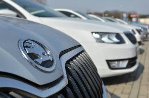 Škoda Auto a ČEZ spojují síly v elektrovozech. V roce 2025 může jezdit na elektřinu až čtvrtina škodovek