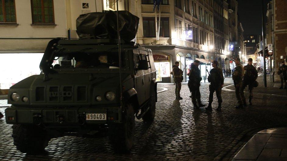 V Bruselu nadále platí nejvyšší stupeň ohrožení.
