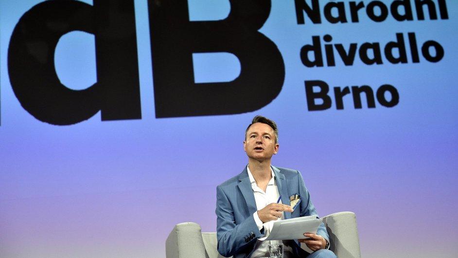 Martin Glaser (na snímku ze čtvrteční tiskové konference) vede Národní divadlo Brno od listopadu 2013.