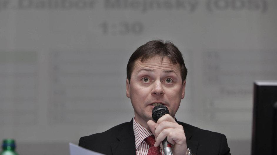 Dalibor Mlejnský: osm let stál včele Prahy 11 (snímek je z roku 2011), nyní se ztoho zpovídá policii.