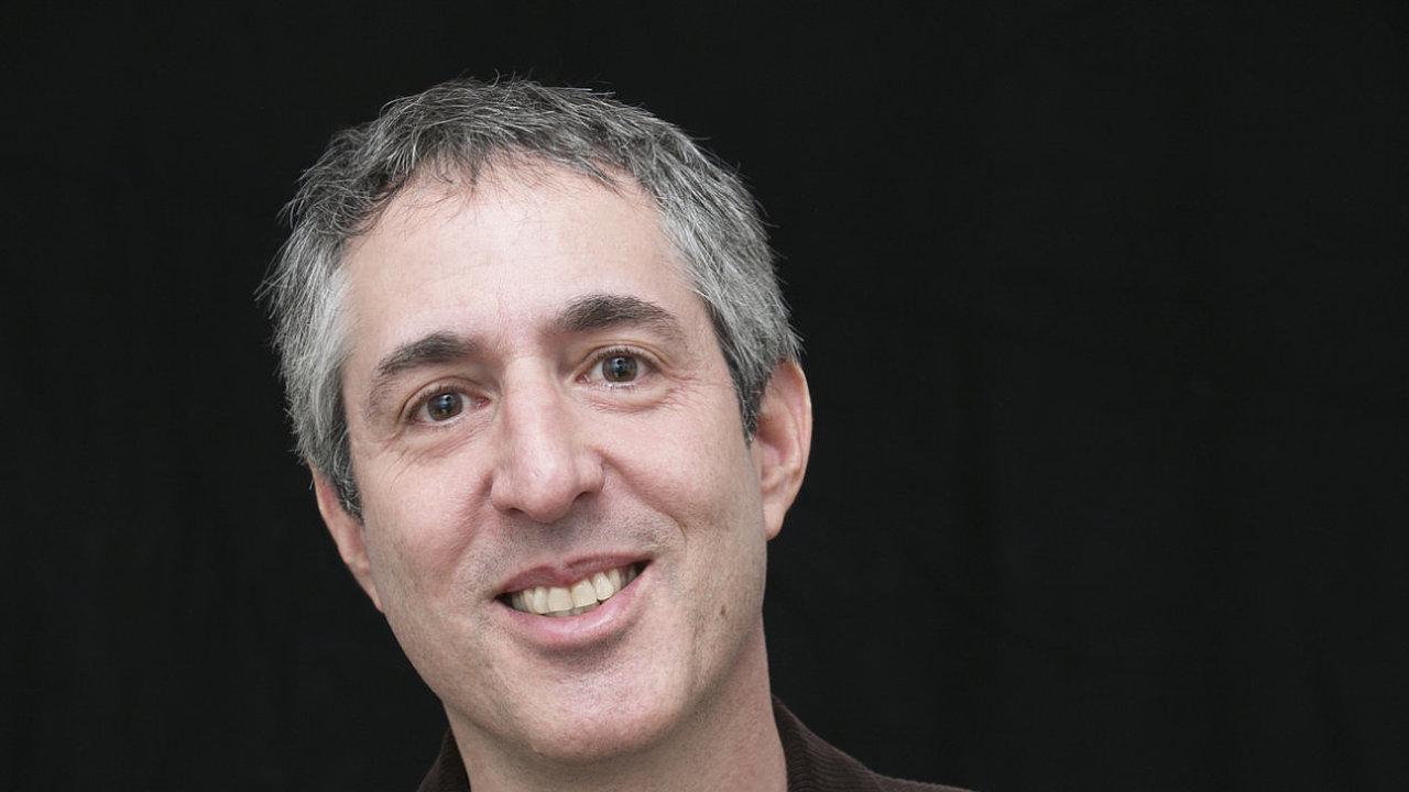 Americký překladatel z češtiny Alex Zucker (na snímku) před čtyřmi lety získal cenu anglického PEN klubu za překlad.