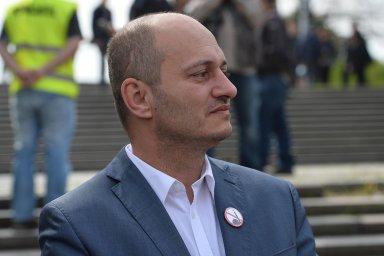 Státní zástupce v dubnu 2016 Konvičku obžaloval, ale soud následně případ vrátil kvůli doplnění vyšetřování.