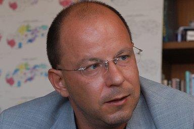 Spory se šéfem RTVS Jaroslavem Rezníkem vyústily v hromadnou výpověď dvanácti lidí.