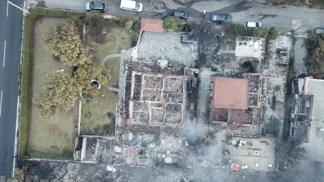 Zpustošené město. Sledujte z dronu následky požárů v Řecku.