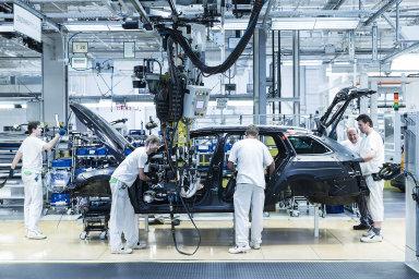 Mzda musí podle odborářů prokázat reálný růst. Podmínkou odborářů také je, aby se mzdy zvyšovaly rovně ve všech tarifních třídách, ve kterých zaměstnanci automobilky pracují.