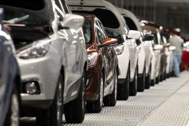 Evropské i americké automobilky se kvůli zmenšující se poptávce v Evropě a Severní Americe staly mnohem závislejšími na čínském trhu.