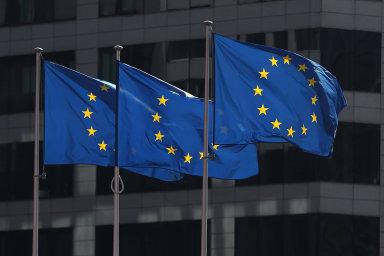 Celkově od vstupu do EU v květnu 2004 tak ČR do konce června zaplatila do rozpočtu EU 595 miliard korun a získala z něj 1,36 bilionu korun.
