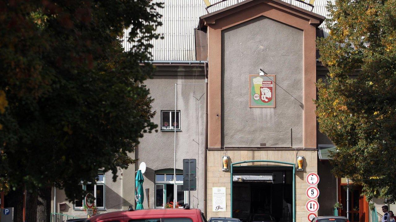 Staropramen chce prodeje pardubických piv rozšířit do celé ČR aposílit export, zejména na Slovensko. Potenciál mají podle Staropramenu značky Pernštejn, Taxis aPorter.