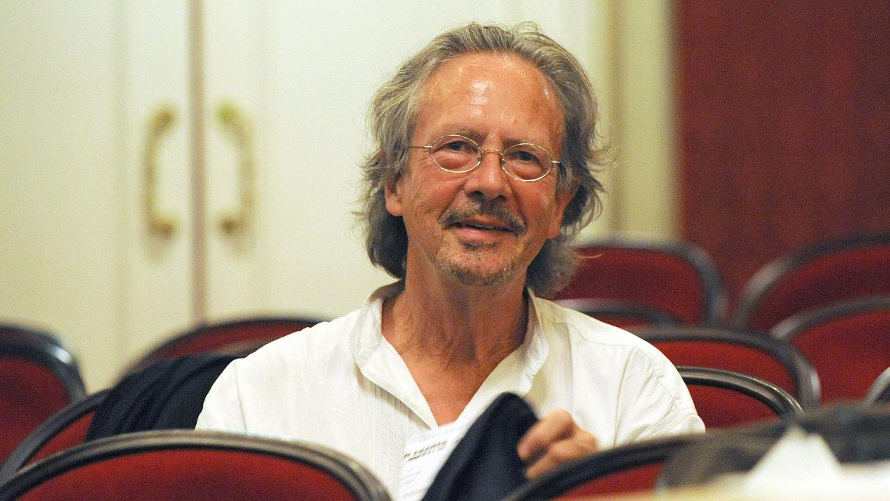 Letošním laureátem této ceny je rakouský autor Peter Handke.