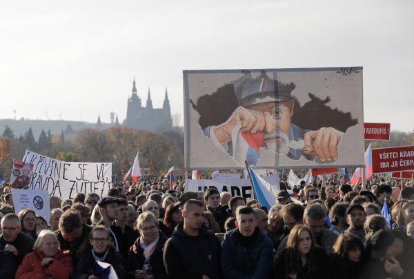 Letná listopad 2019, demonstrace, Babiš