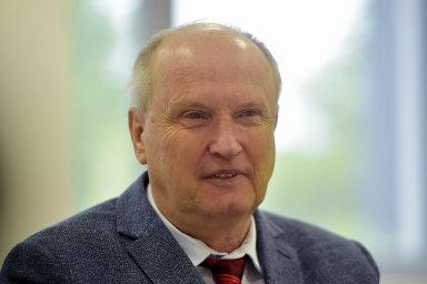 Děkan lékařské fakulty Ostravské univerzity Arnošt Martínek.