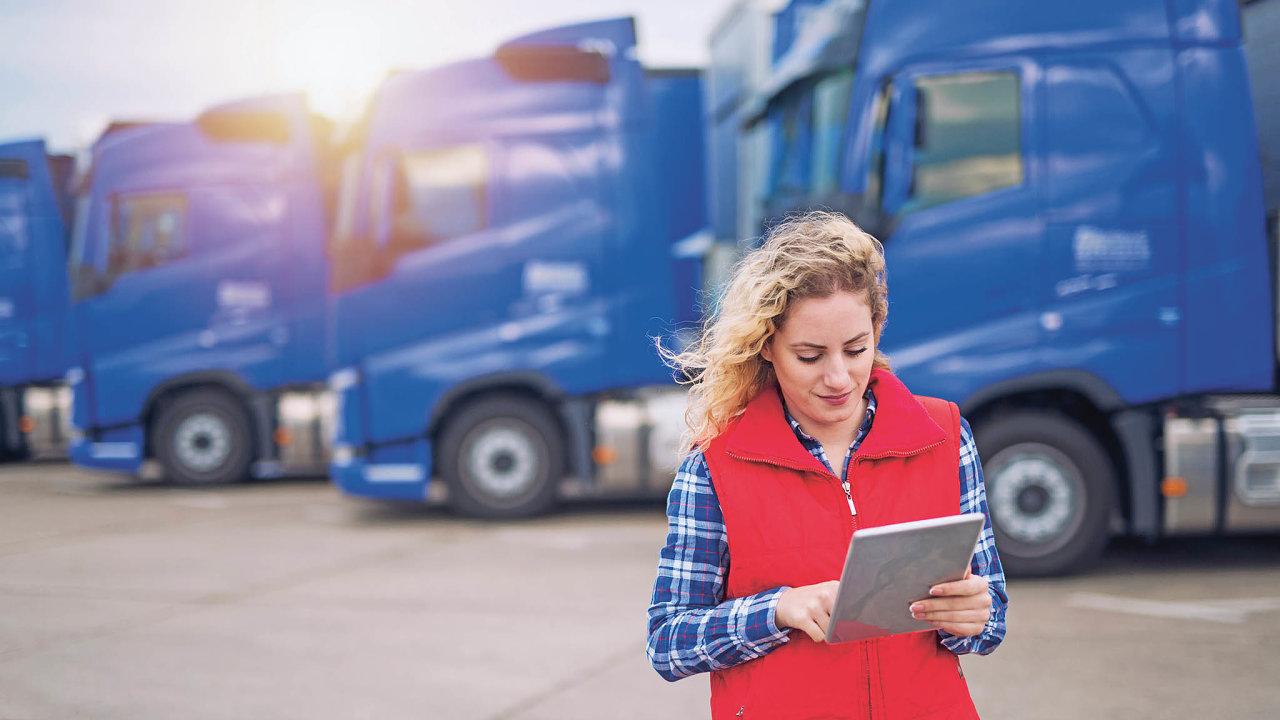 Nadigitálních platformách pracují nejen technologické start-upy, ale ivelké logistické firmy, zároveň se rozšiřováním on-line služeb zabývají ispediční databanky ařada těchto nástrojů se navzájem propojuje.