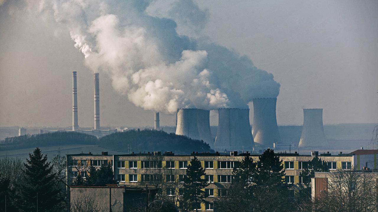 Uhelná elektrárna Počerady je stará abude potřebovat zásadní investice.