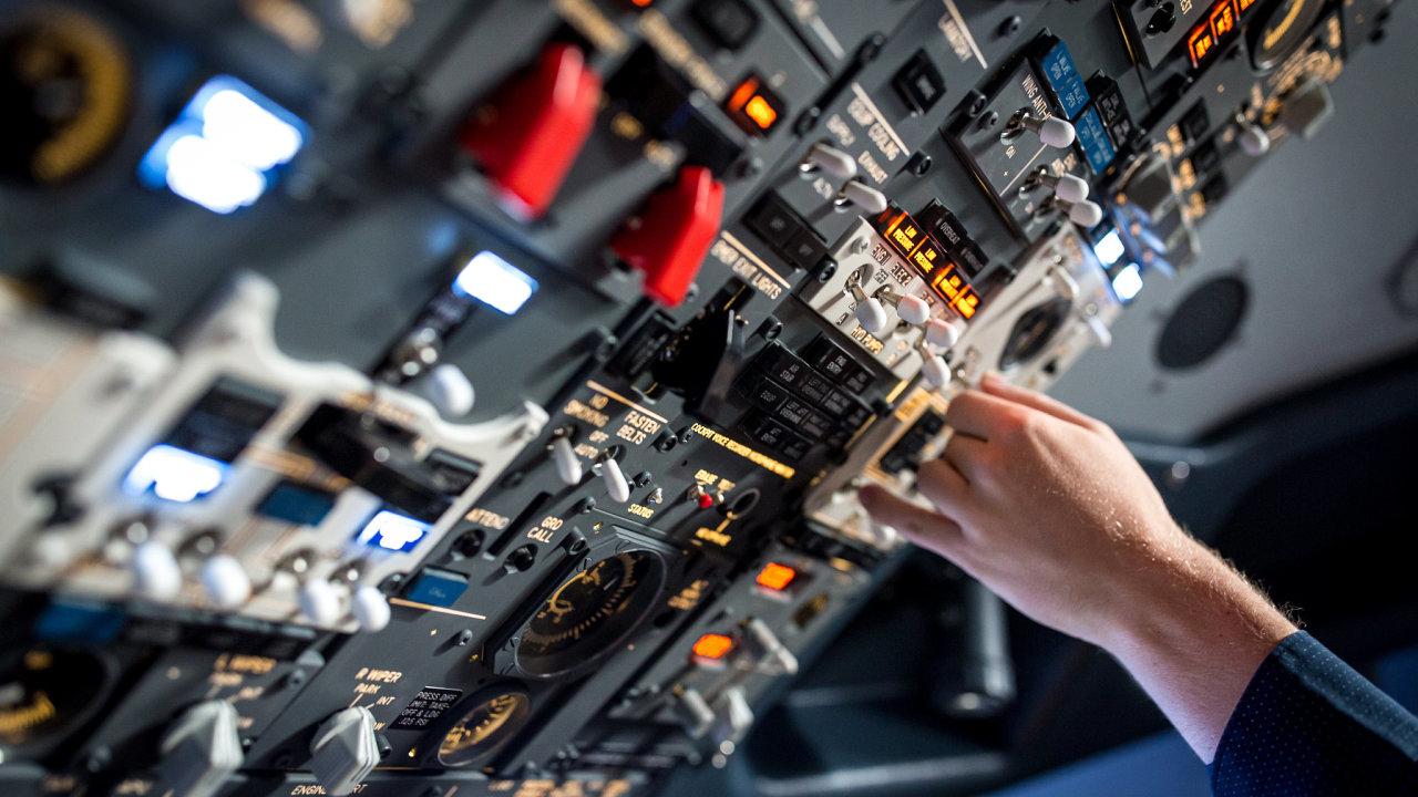 Simulátor kokpitu Boeing 737NG