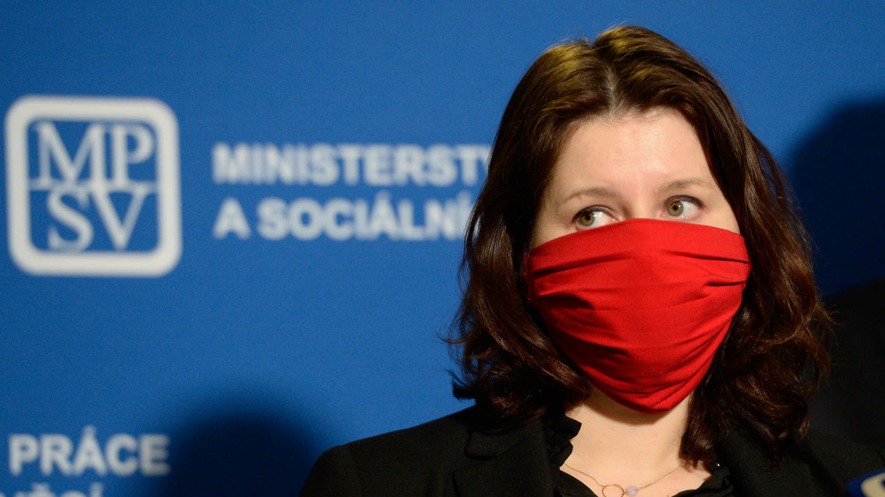 Ministryně práce asociálních věcí Jana Maláčová (ČSSD) včera představila pravidla, podle kterých bude stát firmám přispívat namzdy.