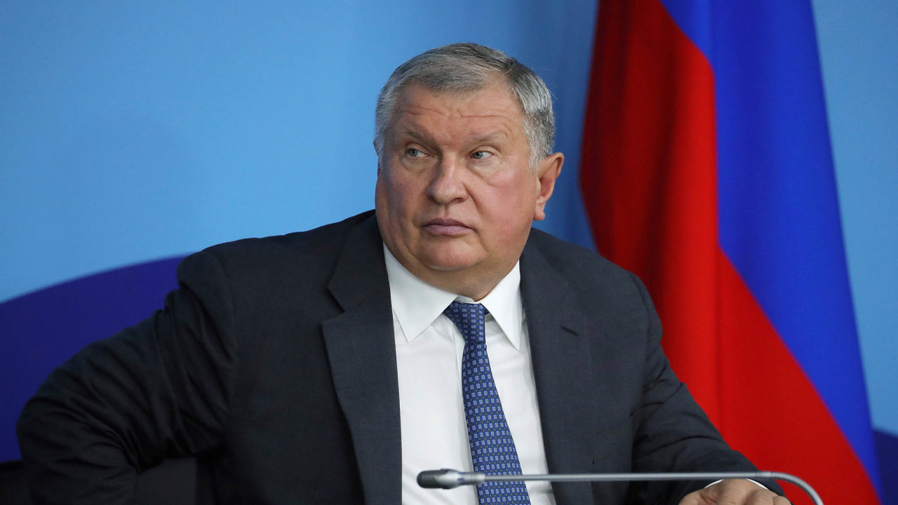 Putinův člověk: Igor Sečin je jedním znejmocnějších mužů Ruska idíky blízkým vztahům sprezidentem Vladimirem Putinem.