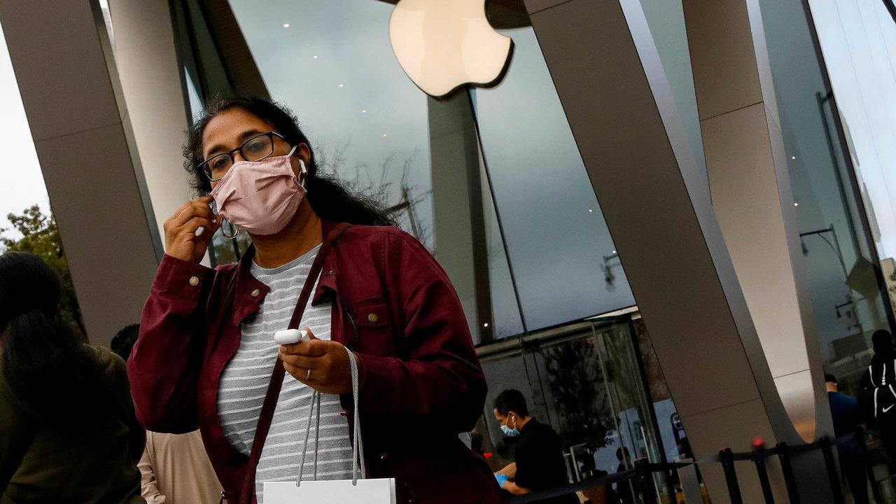 Výsledky ve čtvrtek oznámí americká firma Apple, výrobce chytrých telefonů iPhone.