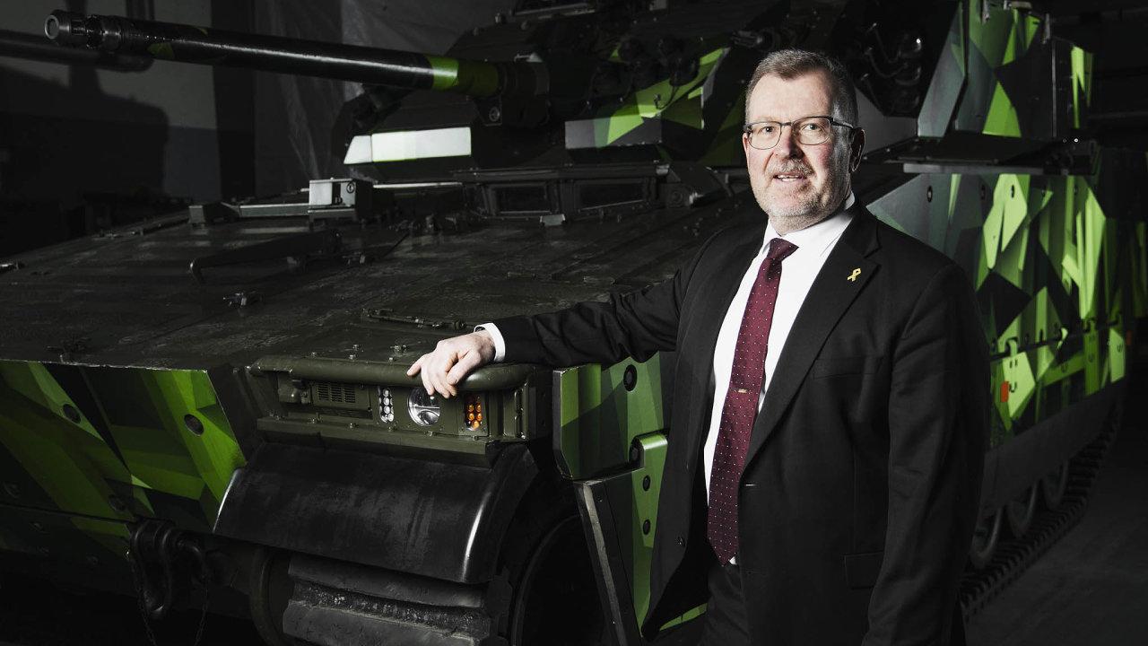 Bojové stroje. Vznikly už před časem, ale díky neustálým modernizacím obstojí i v současnosti, tvrdí o švédských obrněncích firemní šéf Tommy Gustafsson-Rask.