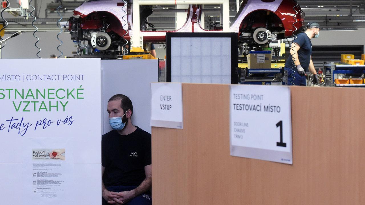 V automobilce Hyundai v Nošovicích na Frýdecko-Místecku začalo 8. března 2021 plošné testování zaměstnanců na koronavirus.