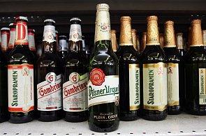 Pivní trendy v Česku: Končí móda radlerů, velké pivovary jdou do ležáků a za studena chmelených piv