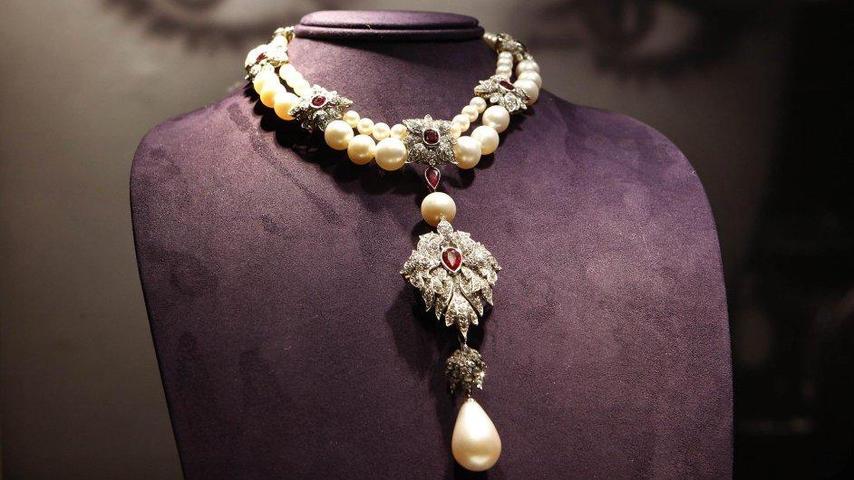 Elizabeth Taylor si pro své šperky přála dobrý domov
