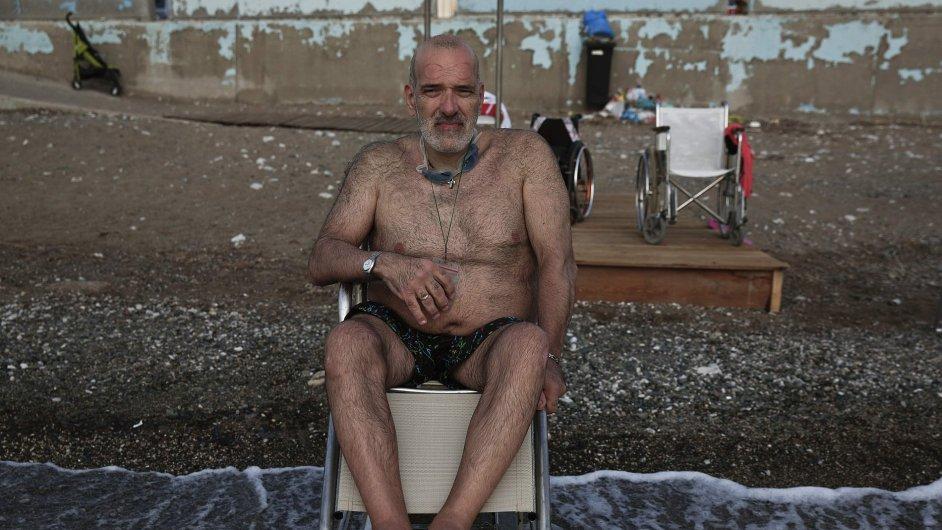 Plošina Seatrac umožní invalidům koupání v moři