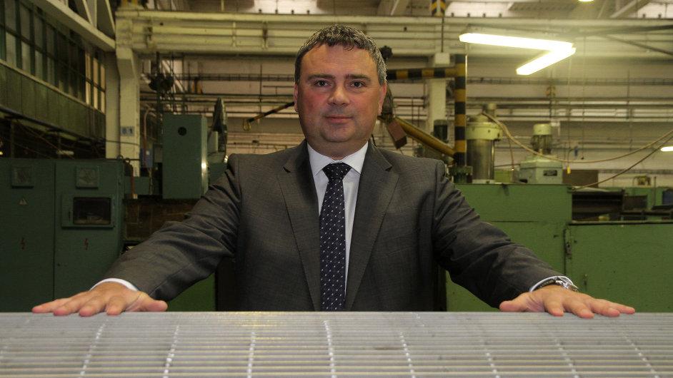 Papcel očekává, že kvůli ukrajinské krizi přijde o zakázky. Na fotce šéf firmy David Dostál.