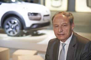 Platit za auto stejně jako za mobil? Šéf Citroënu chce zavést paušály i platby za kilometr