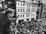 Havel na Hrad! Veřejnost přijala Havlovu kandidaturu příznivě.