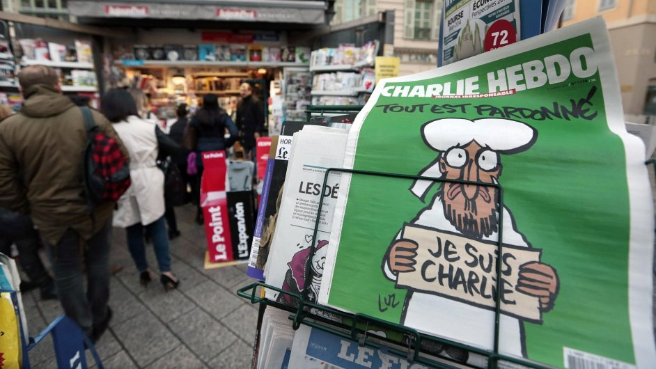Charlie Hebdo nakonec bude k dostání i v Česku.
