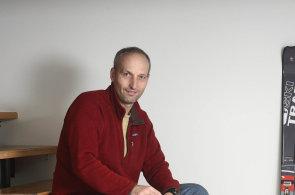 Josef Šimůnek pomáhá horolezcům na cestě k oblakům. Nejvyšší kóty s ním může zdolat téměř každý