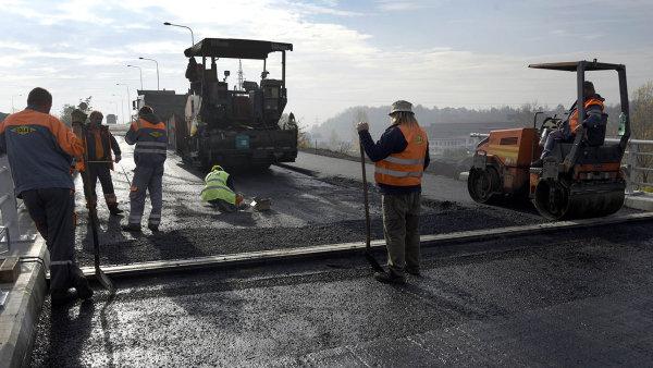 Na dálnicích se bude stavět mnohem víc. Miliardy státu lákají zahraniční firmy, které v Česku dosud nepůsobily
