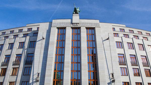 ČNB prověřuje Expobank ze skupiny ruského bankéře Igora Kima. Kontrola je prý důkladnější, než je běžné