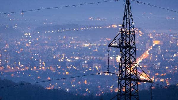 Jedna megawatthodina elektřiny stojí opět více než 50 eur. Stalo se tak poprvé od března 2012.