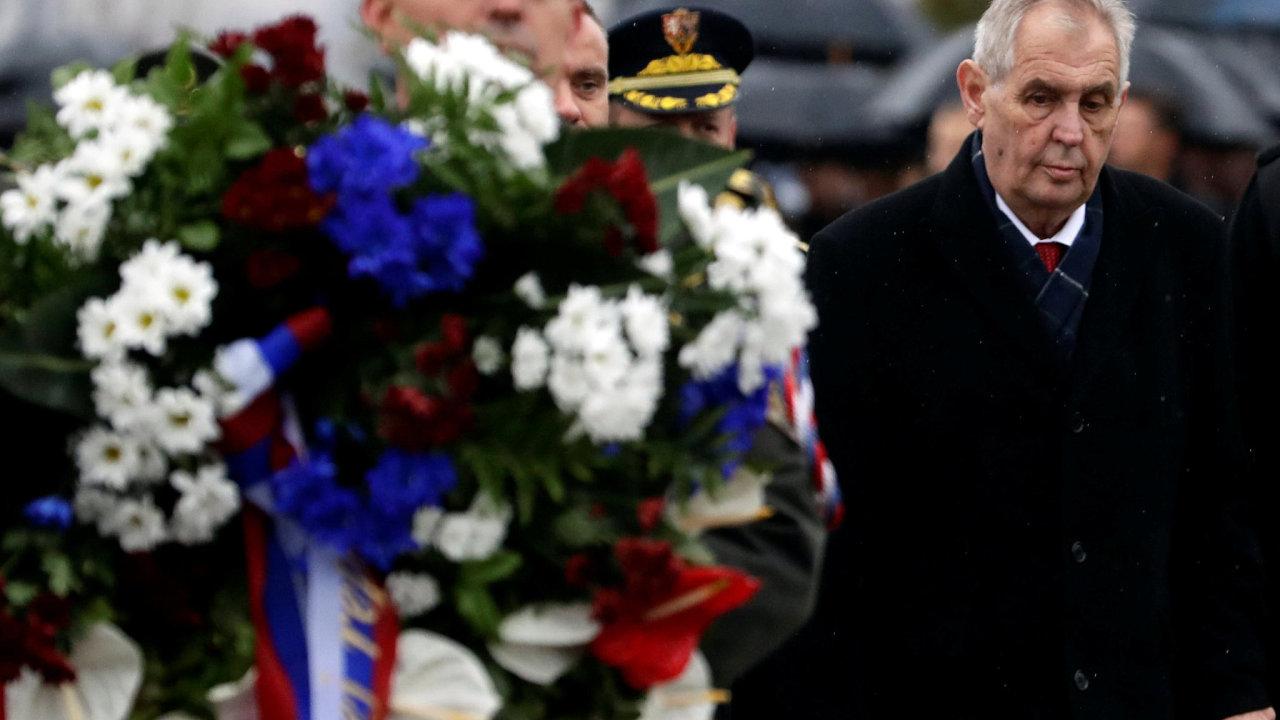 Prezident Miloš Zeman při kladení věnců na pietním aktu u Národního památníku na Vítkově u příležitosti 100. výročí vzniku samostatného československého státu.
