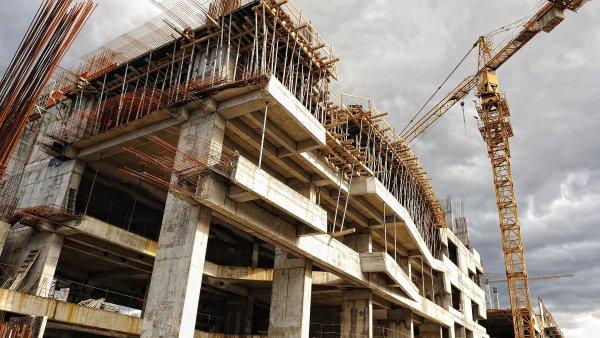 Ani výstavba nových bytů a nemovitostí nedokáže pokrýt stoupající poptávku.