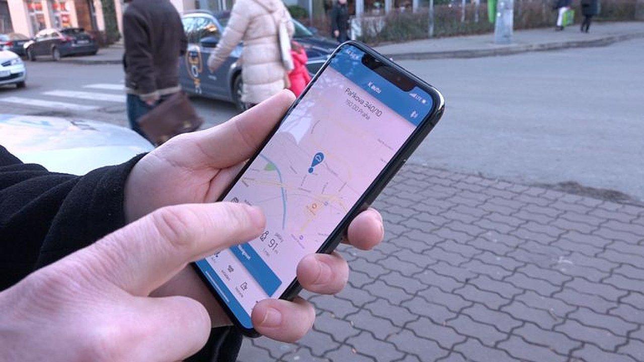 Díky aplikaci v mobilu vás bude auto poslouchat i na dálku