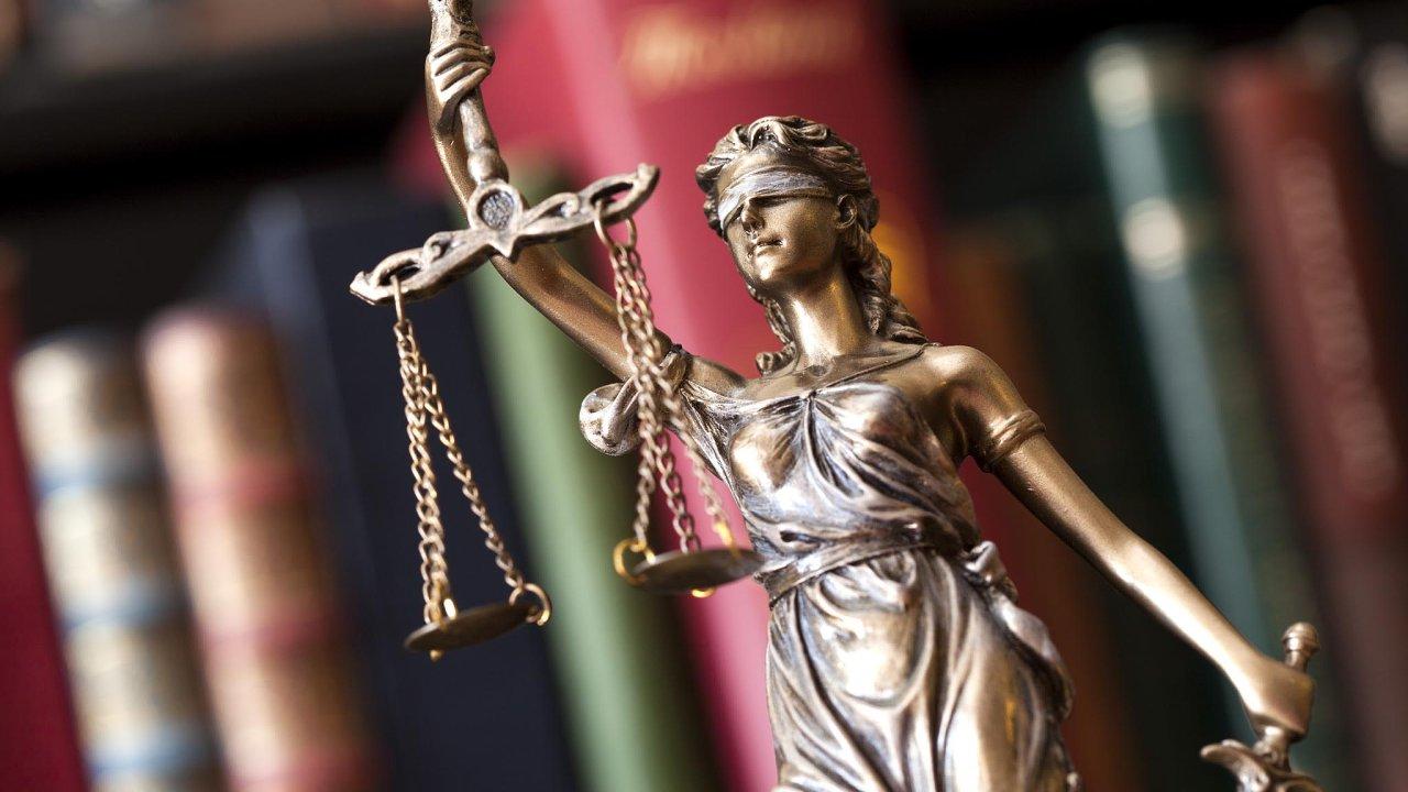 V rámci certifikační fáze bude soud zkoumat splnění podmínek přípustnosti hromadné žaloby, meritorní fáze pak bude zaměřena na dokazování o existenci a výši žalovaných nároků.