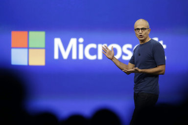 Pod Nadellou Microsoft snížil investice do Windows a začal se soustřeďovat na cloudové technologie.