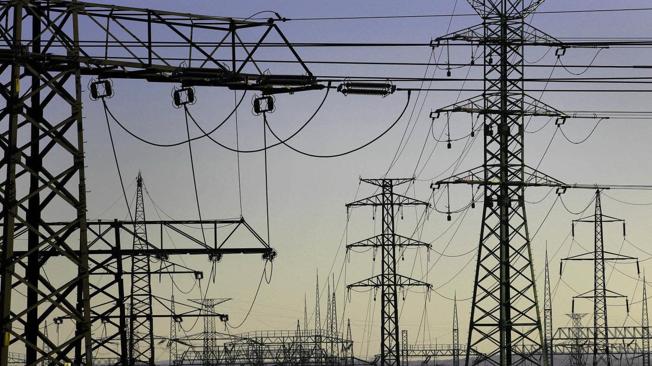 Dražší elektřina: Ceny elektrické energie tlačí nahoru zdražující plyn, uhlí ahlavně emisní povolenky.