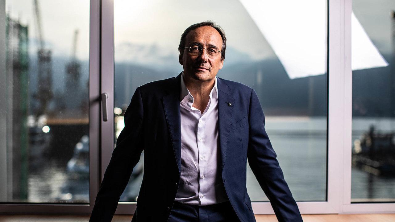 Podnikatel Massimo Perotti vybudoval z italského výrobce jachet Sanlorenzo Yacht globální společnost.