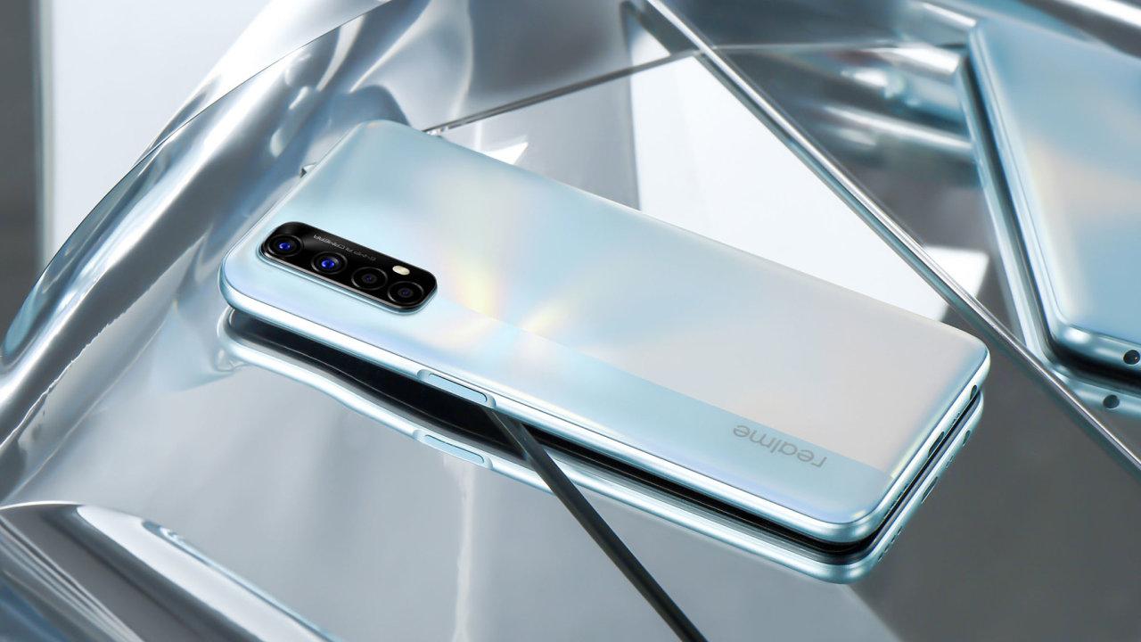 Realme 7 je nový vyzývatel ve světě telefonů střední třídy.