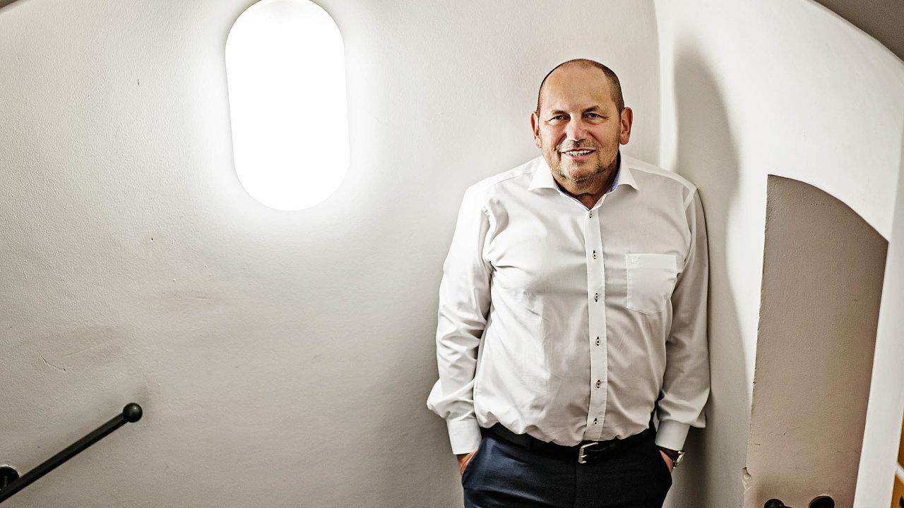 Profesor ekonomie Michal Mejstřík, bývalý člen Národní ekonomické rady vlády