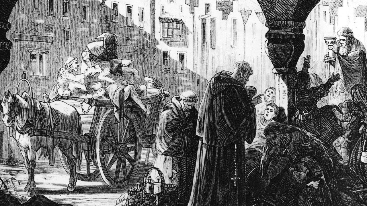 Mor. Modlit se aodvážet mrtvé. Příliš jiných způsobů, jak bojovat snemocí, vestředověku nebylo. Ale hledali se také viníci, stejně jako nyní.