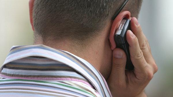 Mobilní služby budou státu dál poskytovat všichni tři operátoři - Ilustrační foto.